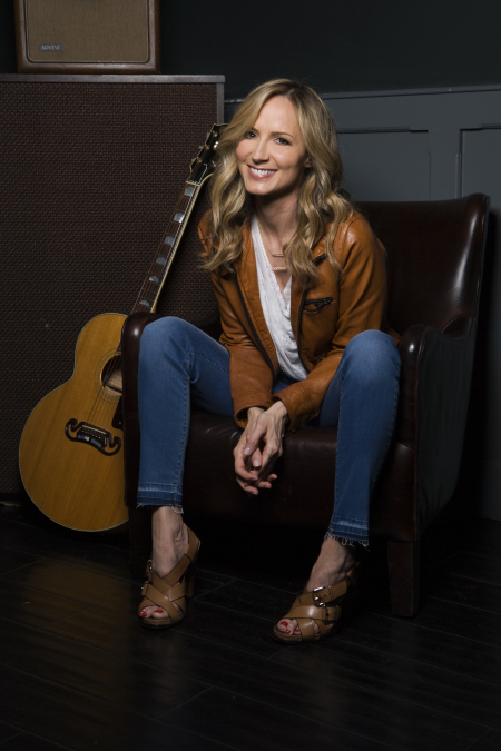Chely Wright: Chely Wright's Story & Song