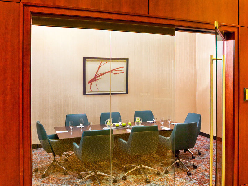 Junior Boardroom